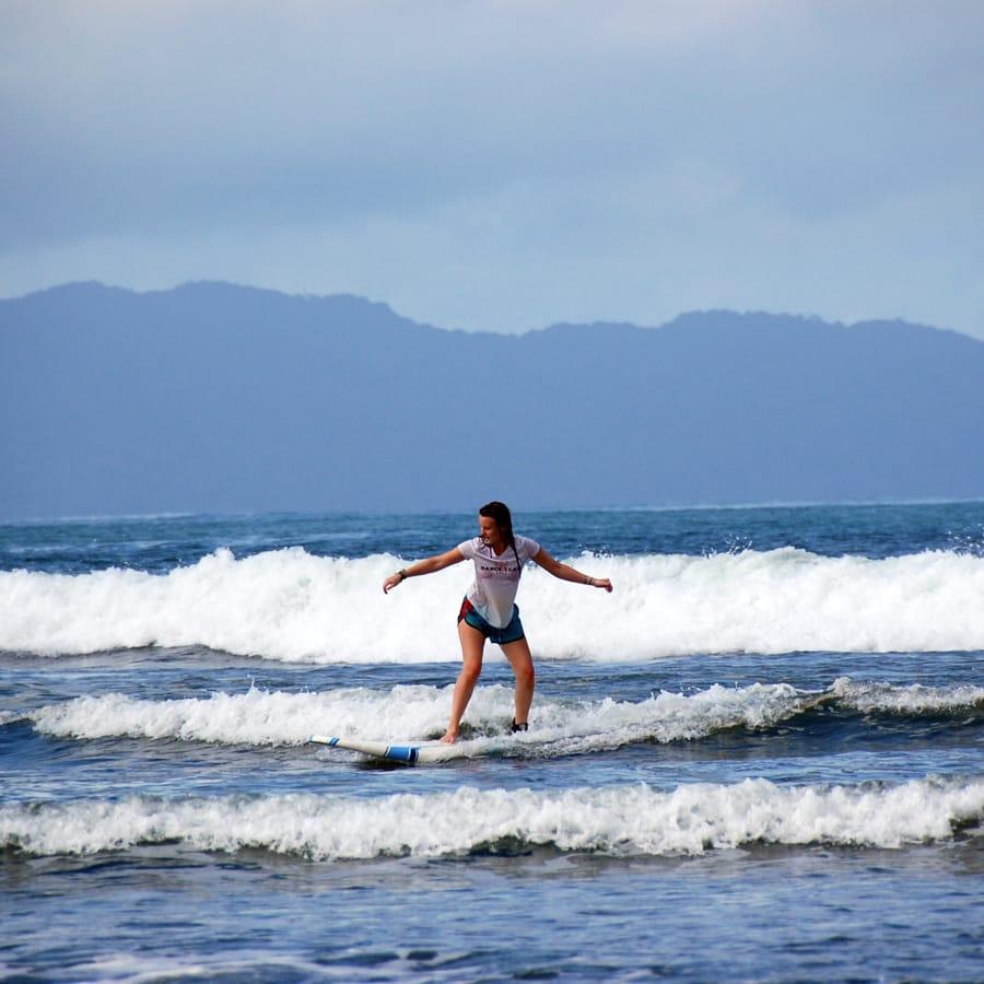 panama-surfer